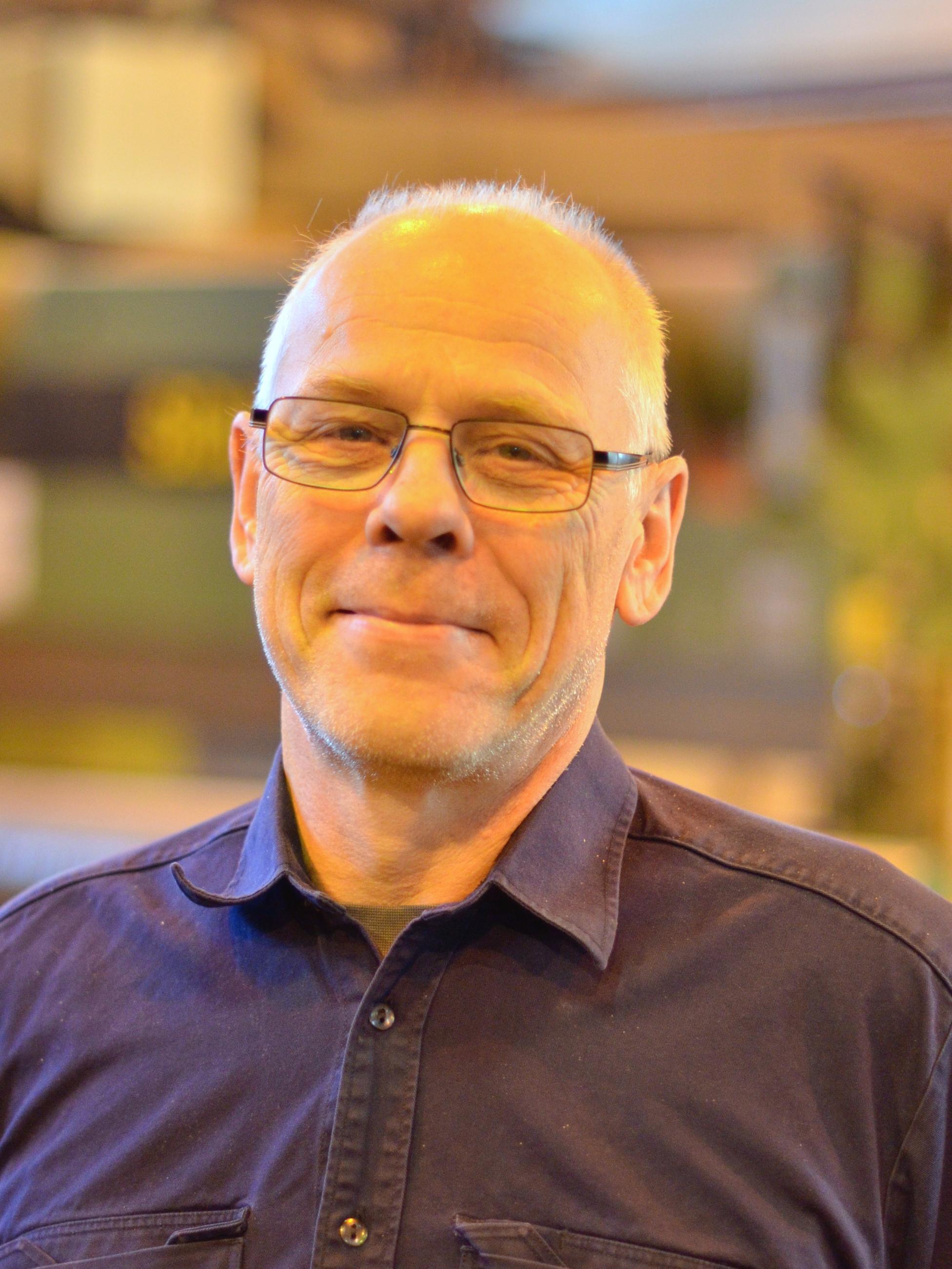 Ole-Petter Haugen : Bassøe deler, ekspedisjon